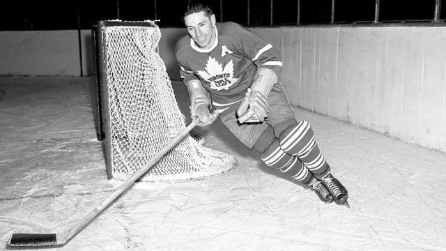 Greatest Maple Leafs No 22 Max Bentley Sportsnet Ca