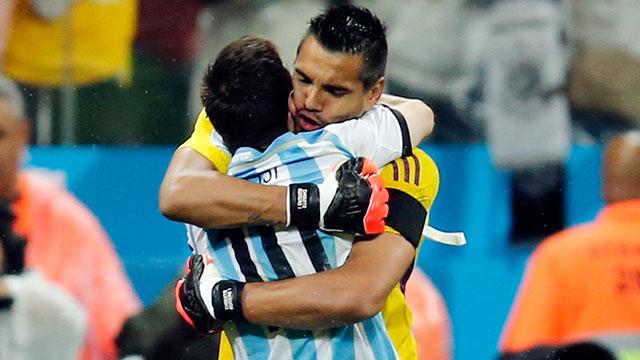 Romero-Messi-2