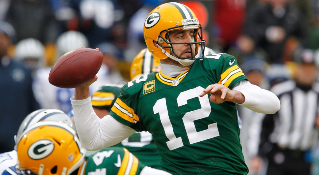 Rodgers Injured Leads Packers Controversial Win