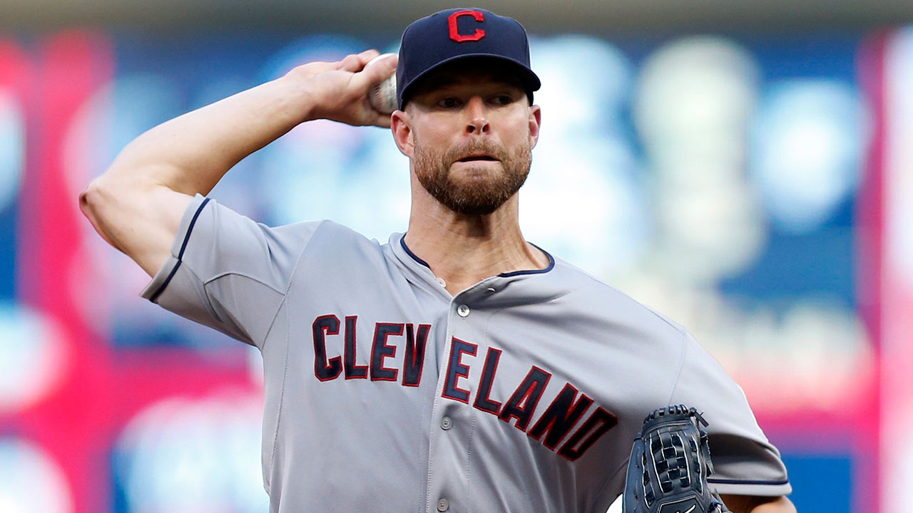 Corey Kluber gets 18th win as Indians double up Mariners