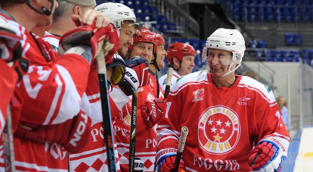3851141f4f9 Putin teams with Ovechkin