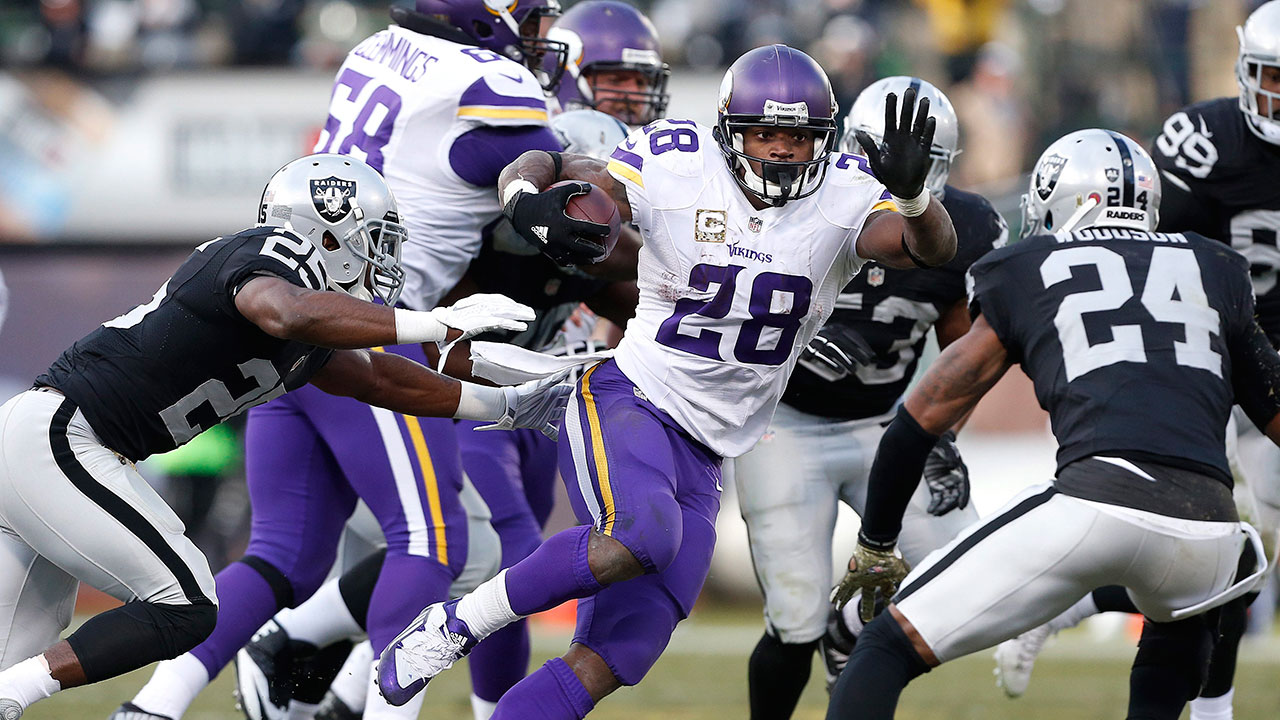 Peterson runs for 203 vikings first in nfc north sportsnet ca