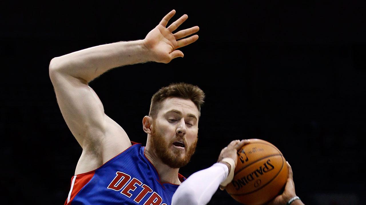 Pistons' Aron Baynes has surgery to repair broken nose - Sportsnet.ca