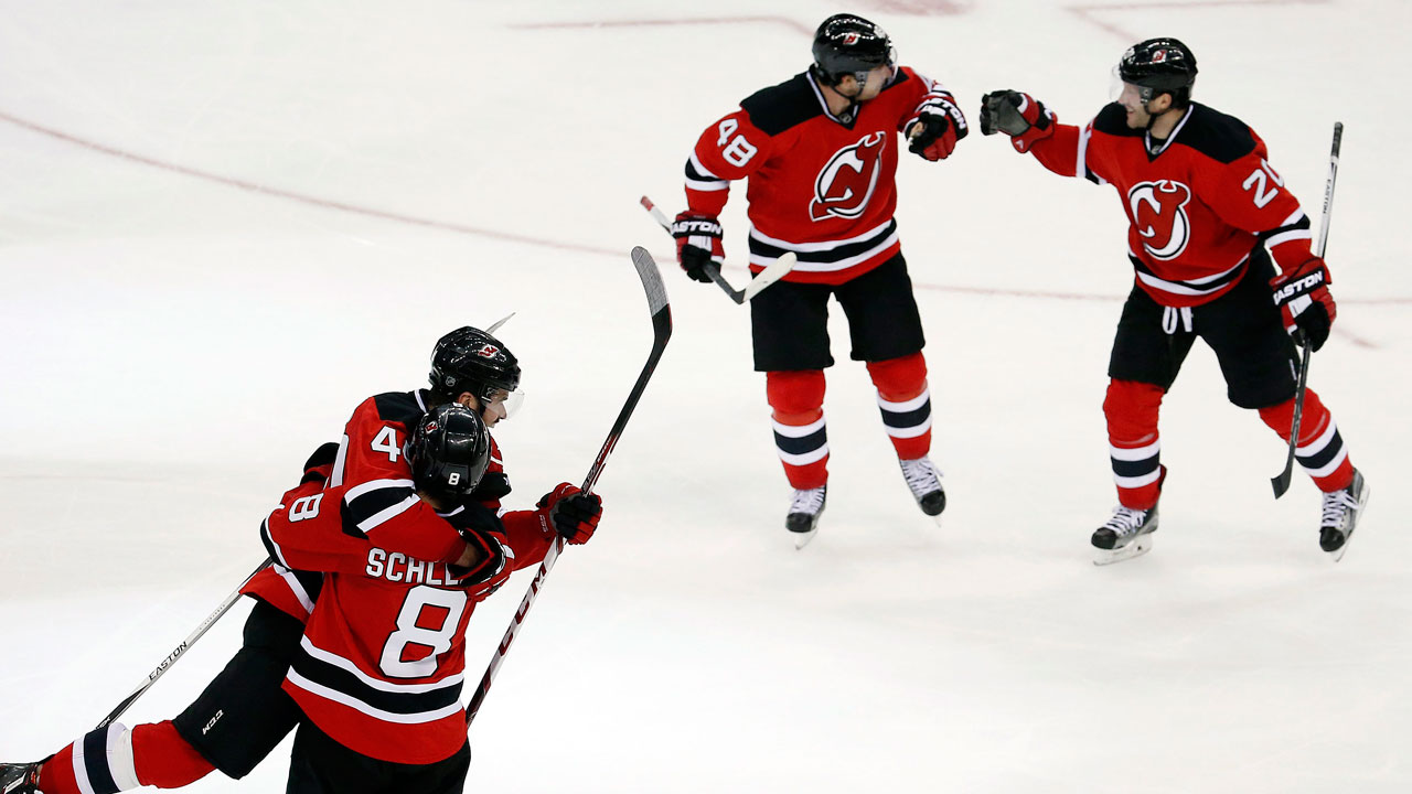 c119cd9a0 Schlemko s late goal lifts Devils over Rangers - Sportsnet.ca