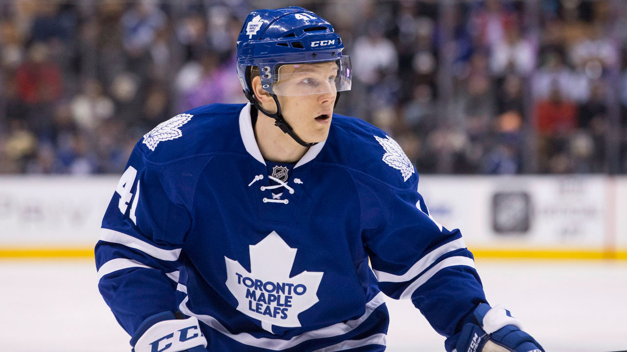 Toronto Maple Leafs Nikita Soshnikov has impressed Mike Babcock. (Chris Young/CP)
