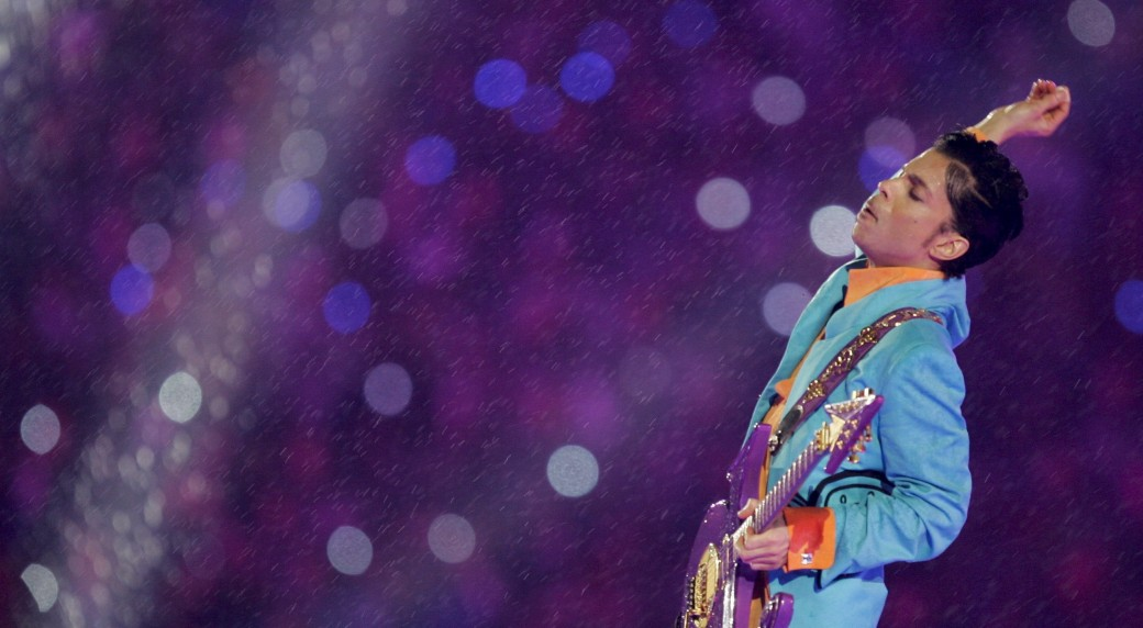 Miami Dolphin Football Game >> Greatest Super Bowl halftime show ever, and more Prince moments in sports - Sportsnet.ca