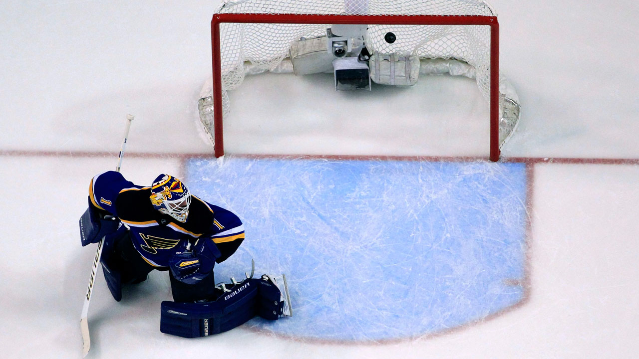 Four Things We Learned In The NHL: Goalie Controversy In St. Louis?
