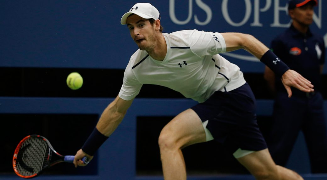 As rain pelts Open roof, Murray, Williams wins