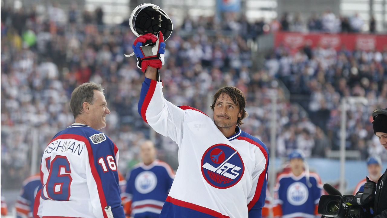 Teemu Selanne says 'you're never going to forget' noise of Winnipeg fans