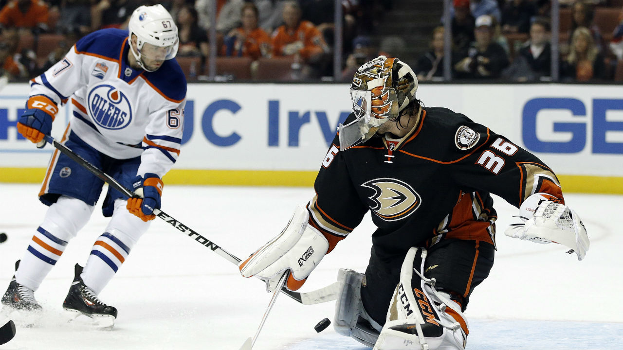 John Gibson stops 33 as Ducks hand Oilers 4th straight ...