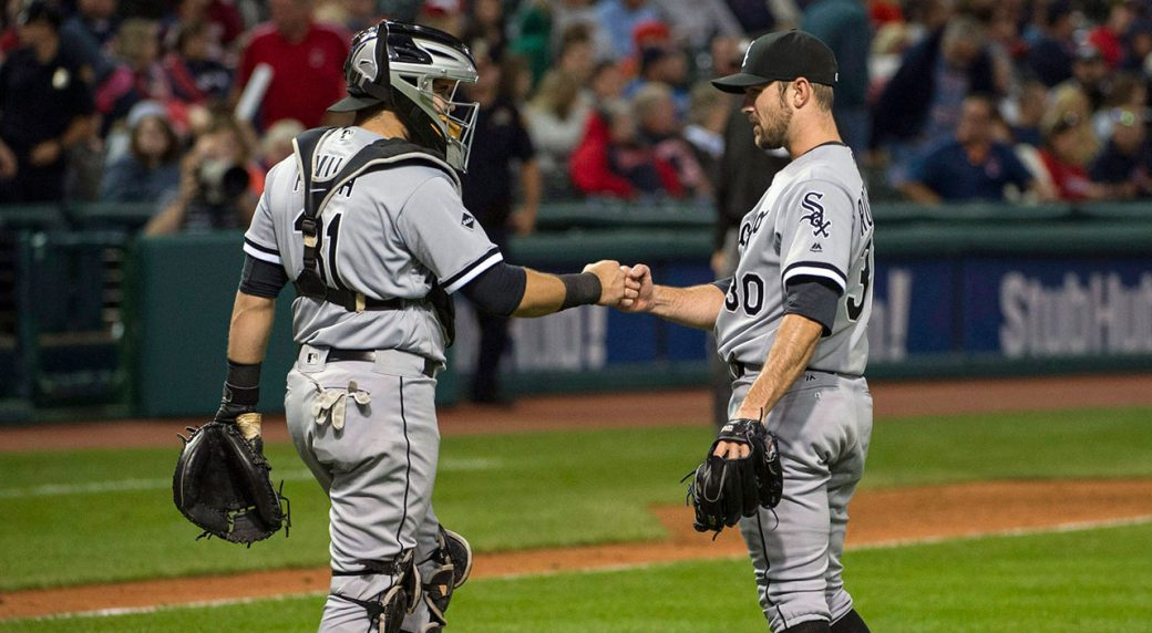 Tigers Bring Back Catcher Alex Avila With 2m 1 Year Deal