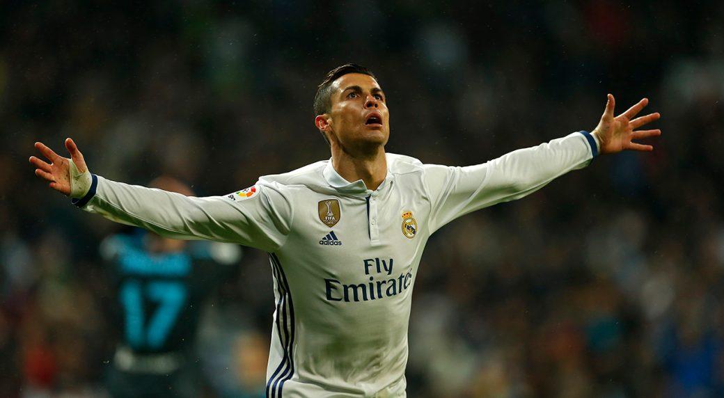 Cristiano Ronaldo Named Ea Sports Fifa  Cover Athlete