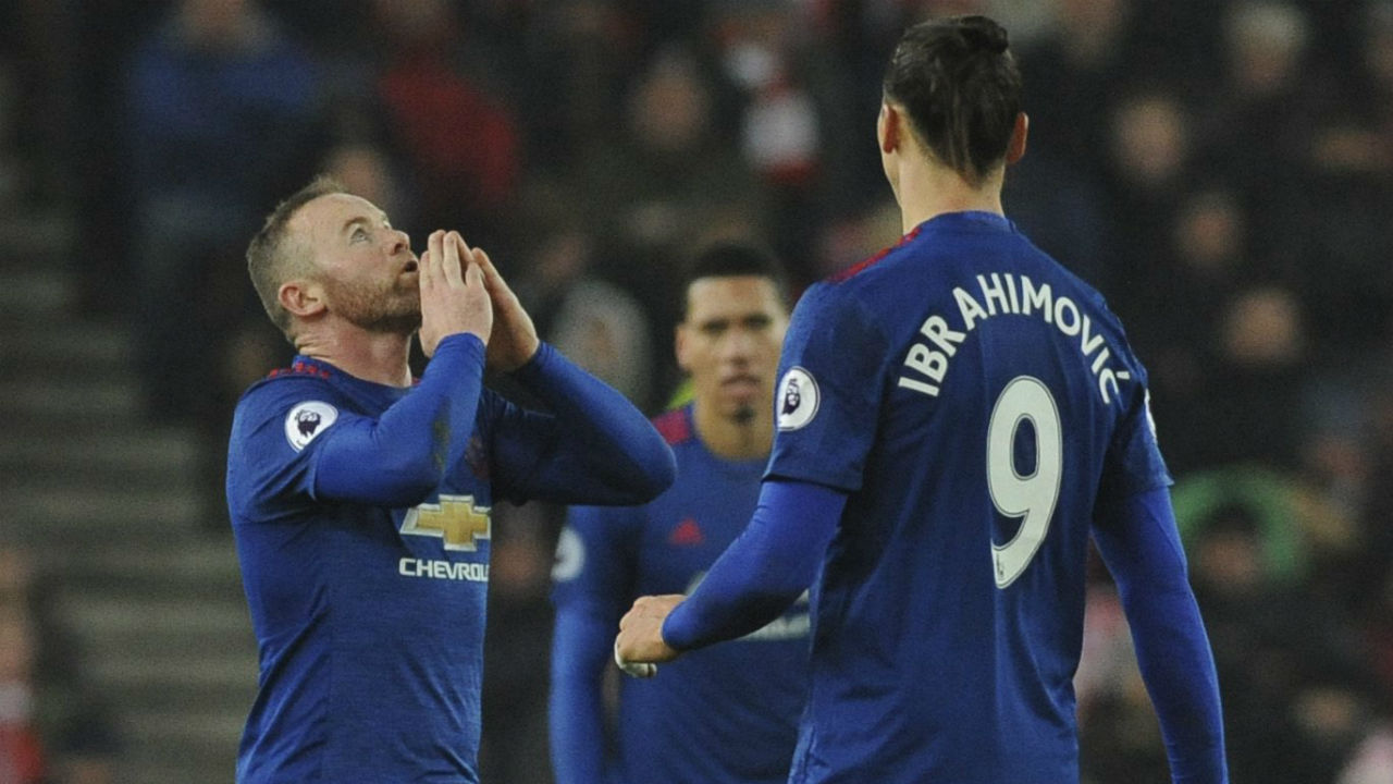 Sigurdsson strike stuns liverpool at anfield yahoo sports - Rooney Sets Man United Scoring Record In Draw With Stoke Sportsnet Ca