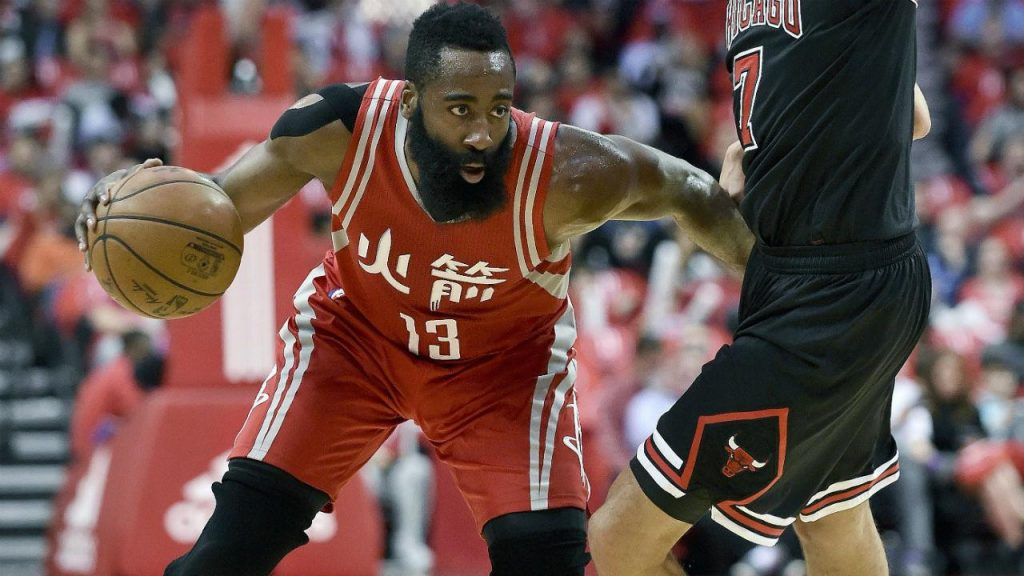 11924eff757d Harden has 2nd straight 40-point game to lead Rockets past Bulls -  Sportsnet.ca