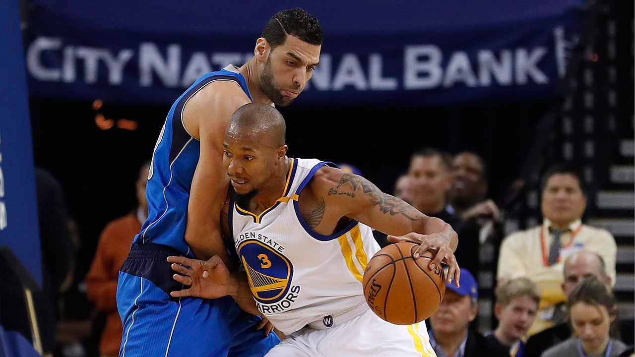 Warriors say they will re sign key reserve David West Sportsnet