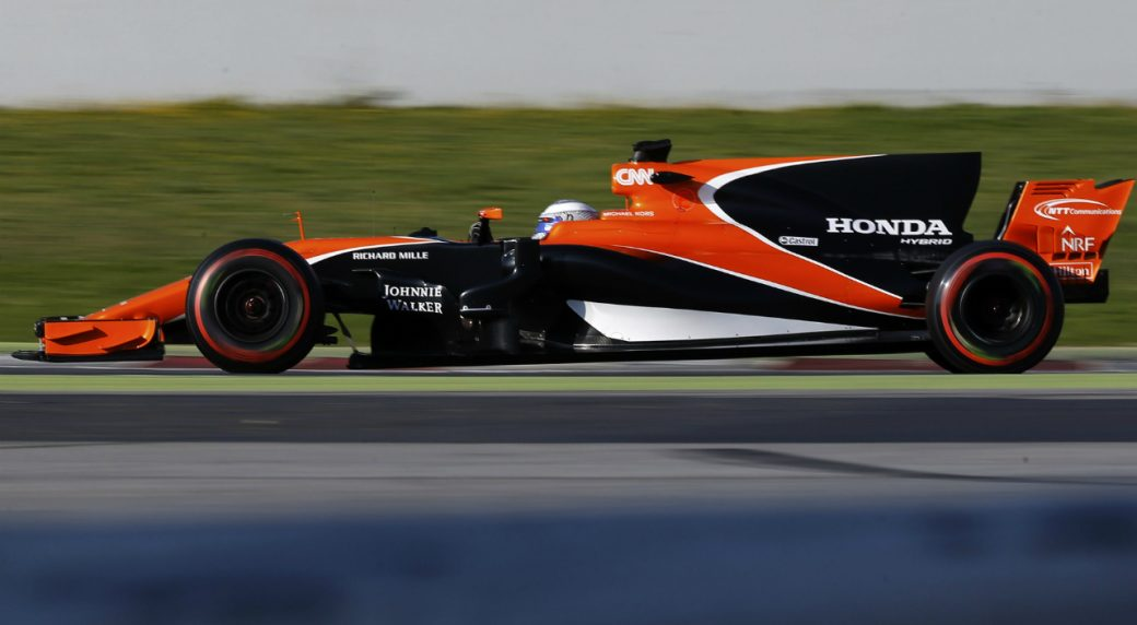 Alonso's McLaren struggles on first day of F1 tests ...