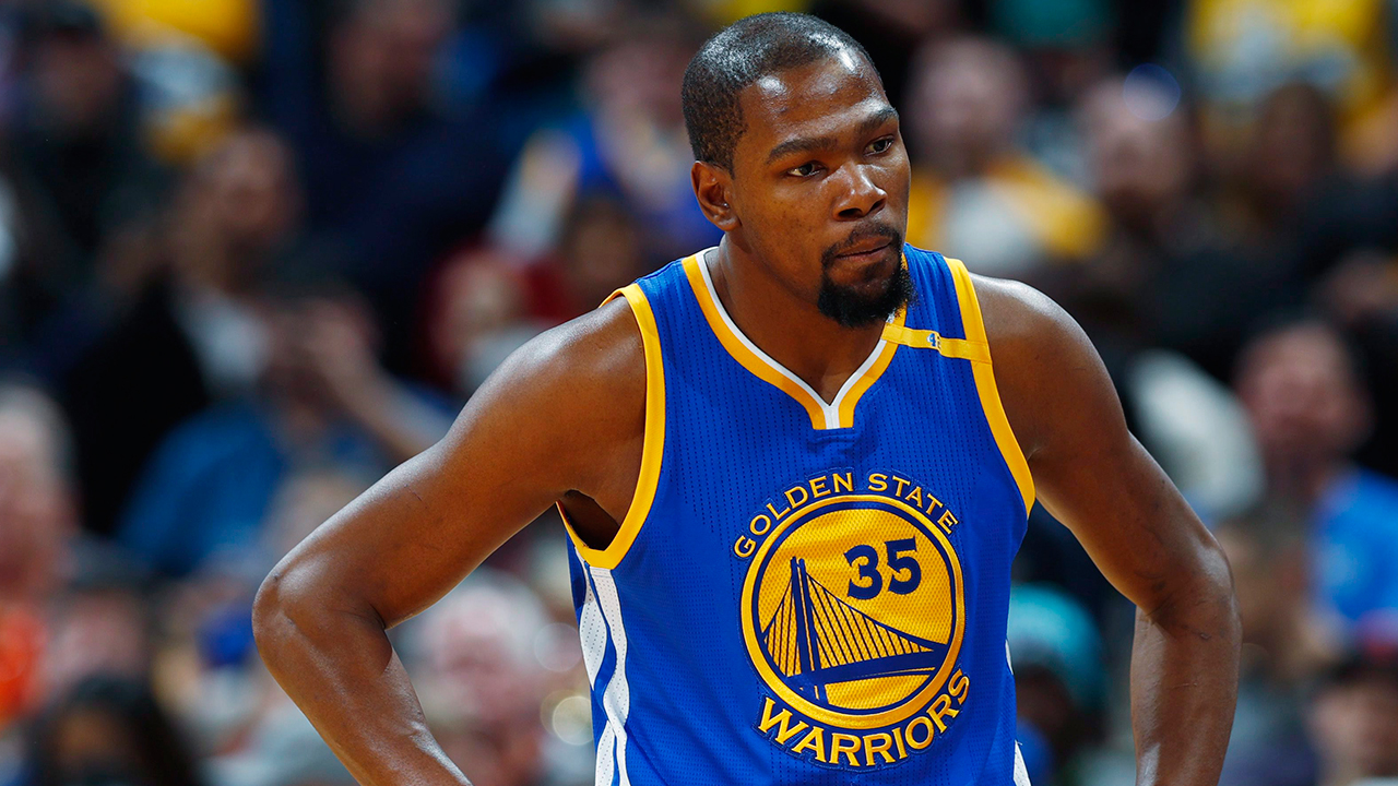 Kevin Durant exits Warriors' game with Wizards with knee ...