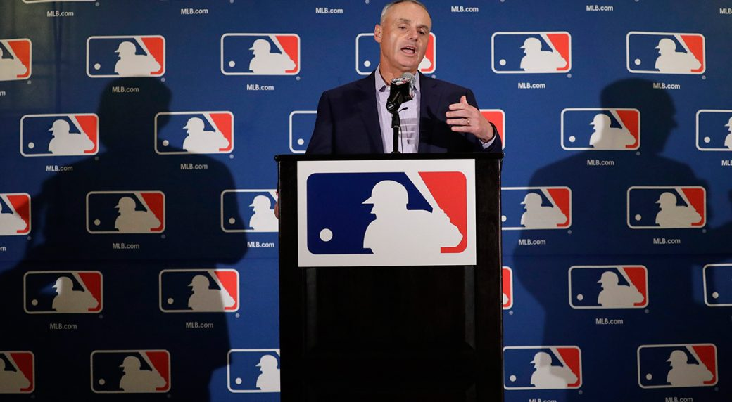 MLB, players' union reportedly have agreement to automate intentional walks