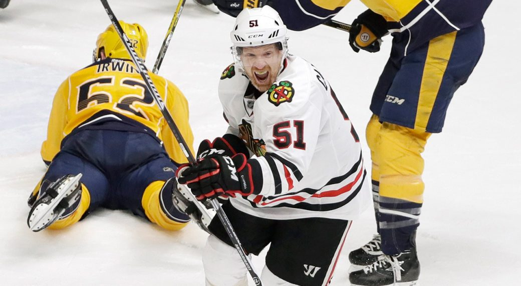 Blackhawks defenseman Brian Campbell retires, joins front office