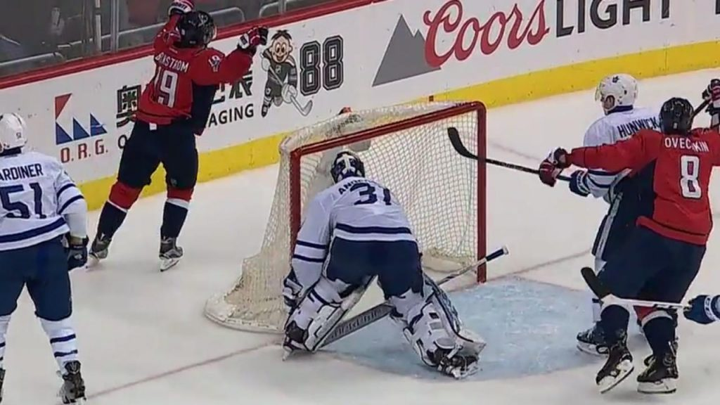 31bfeb68fee Capitals score after Maple Leafs can t clear the puck for over a minute -  Sportsnet.ca