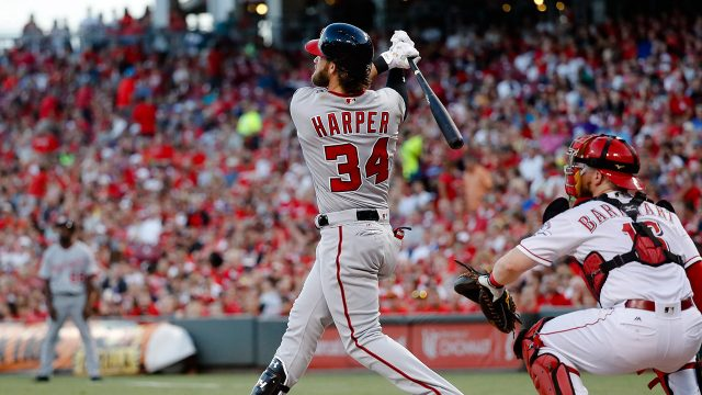 Bryce Harper homers twice, Nationals beat Reds