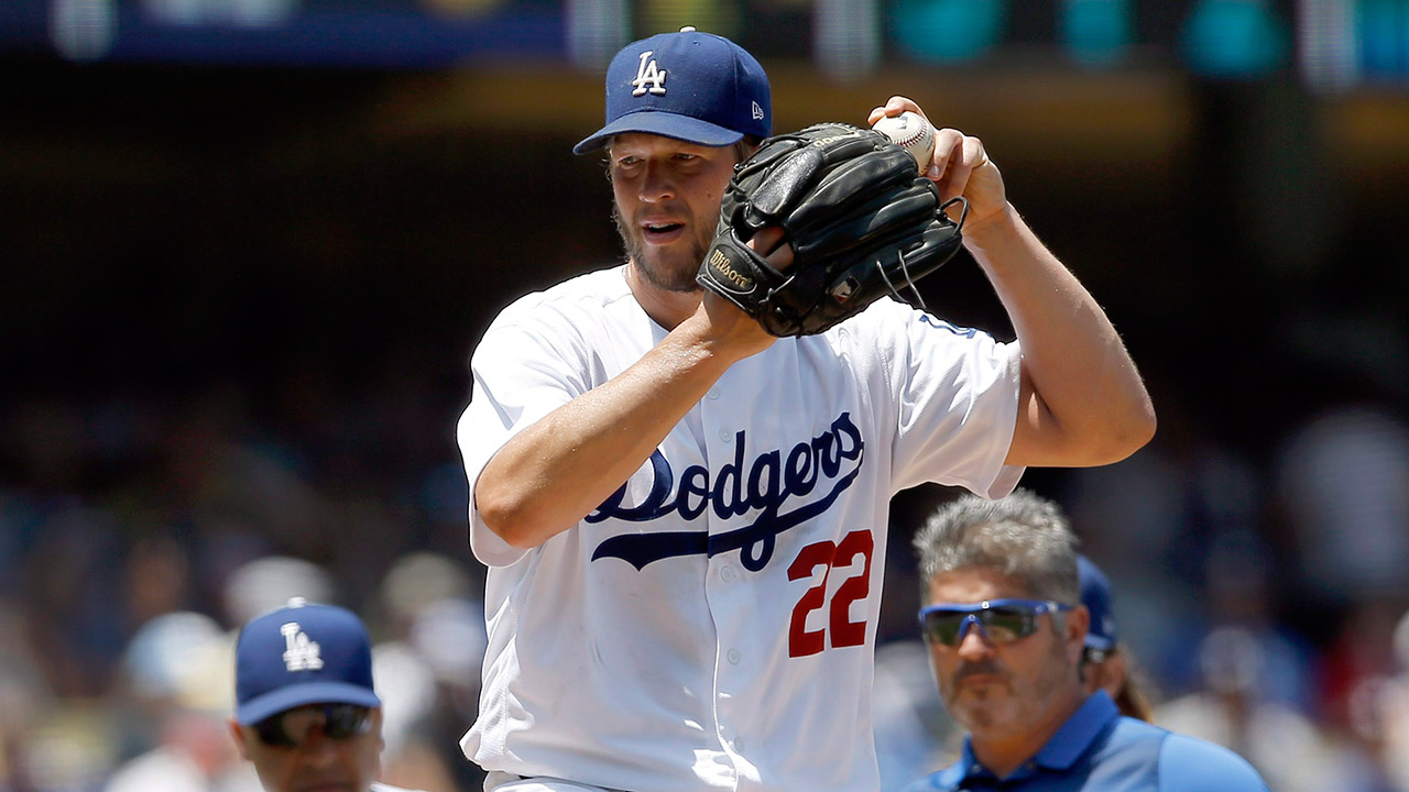 Kershaw wins 18th, Grandal powers Dodgers past Giants