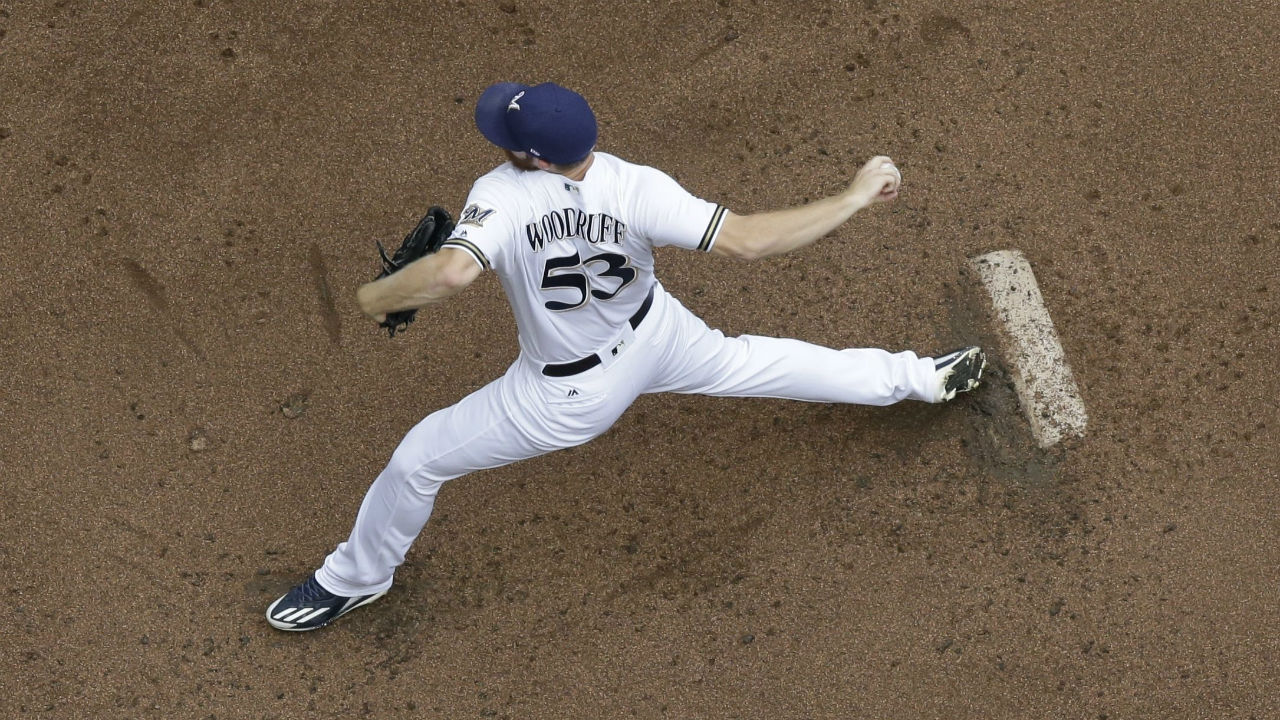 Shaw, Aguilar pace Milwaukee in win over Marlins