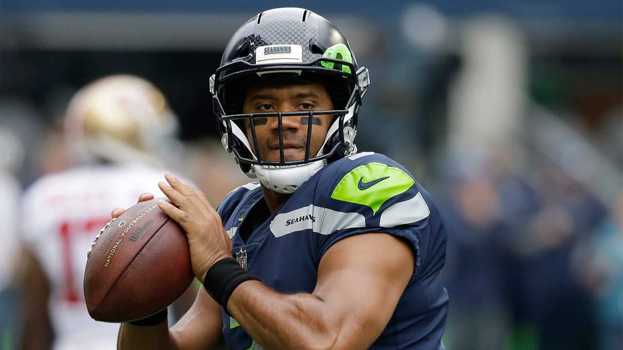 Wilson's escape act helps Seahawks edge 49ers