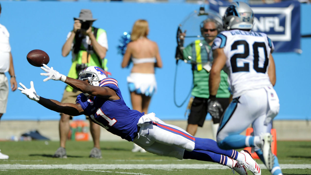 Peppers, Panthers' defence stymies Bills