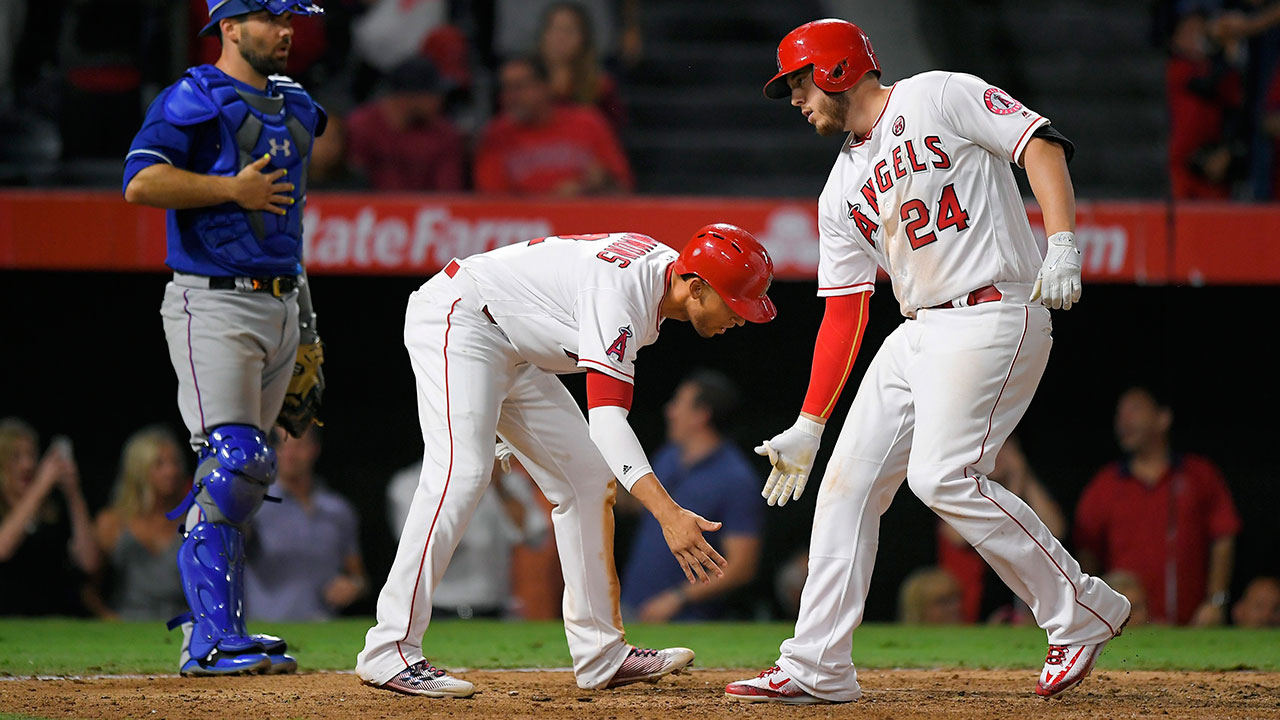 Angels make gains in wild card race with win over Rangers