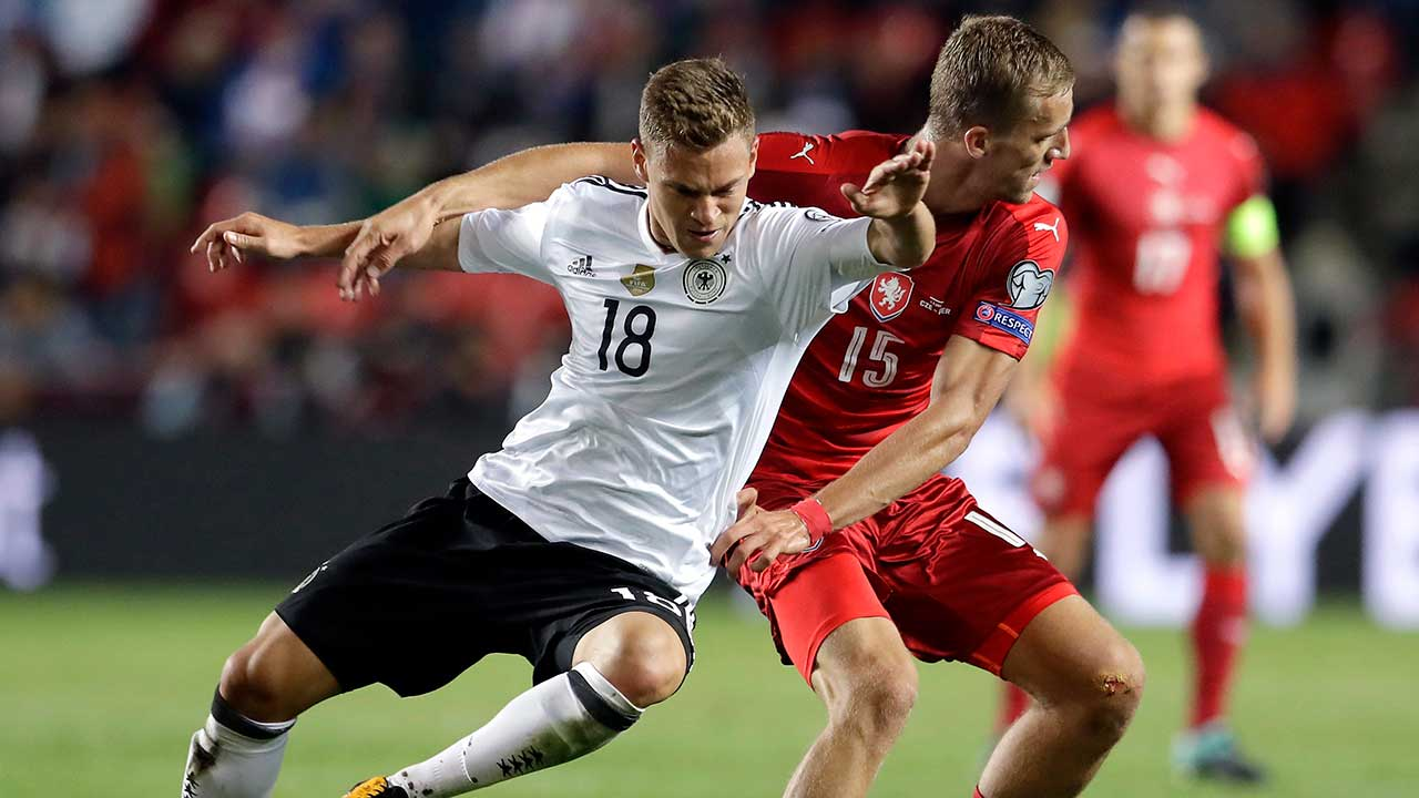 Kimmich following in Lahm's footsteps for Germany ahead of World Cup