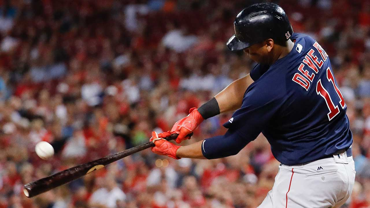 Red Sox extend AL East lead with comeback win over Reds
