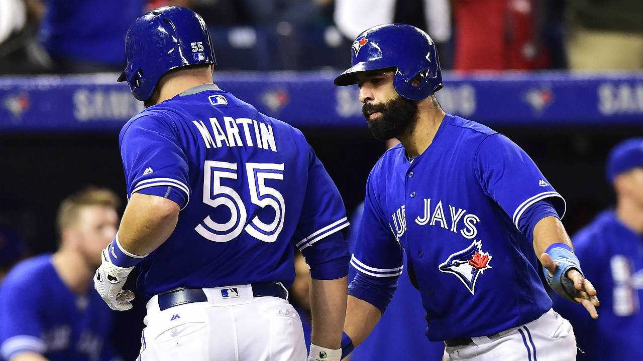 Blue Jays pound Yankees with all eyes on Jose Bautista