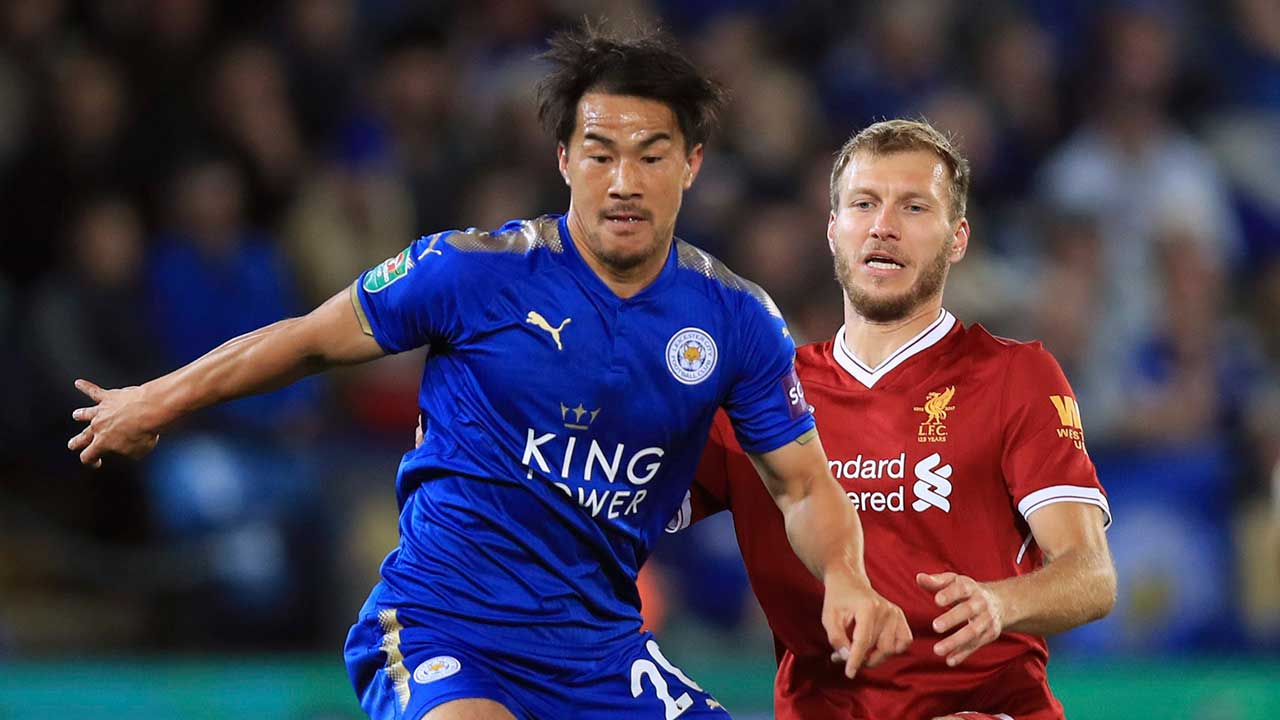 Okazaki inspires Leicester win over Liverpool in League Cup