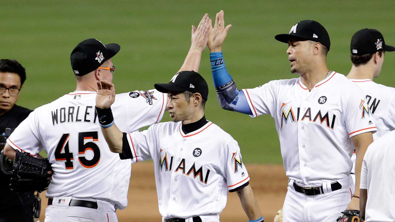 Stanton's 55th home run helps Marlins rout Mets