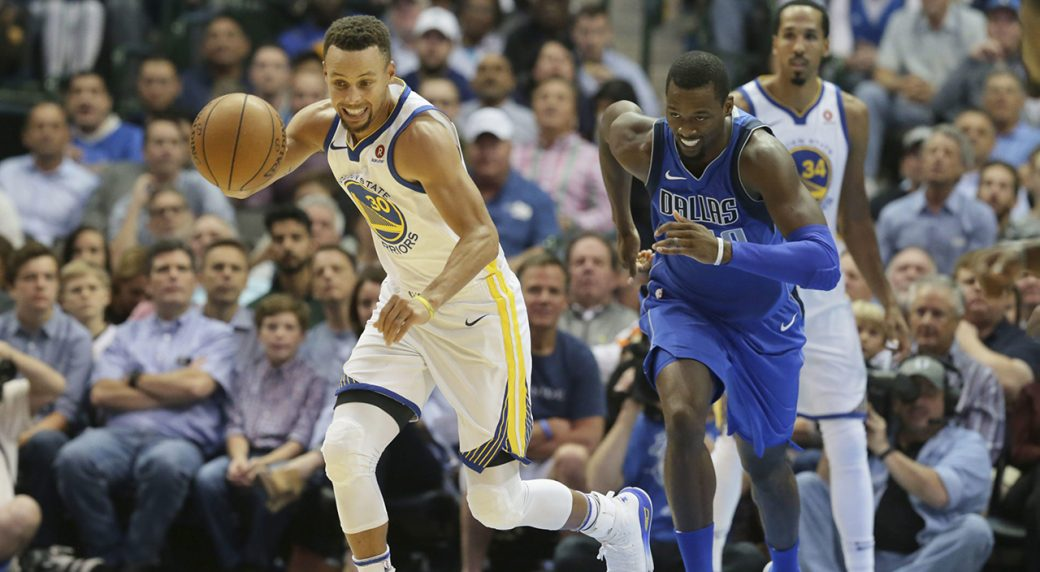 f8814ef9adbb Golden State Warriors guard Stephen Curry (30) comes up with the loose ball  against Dallas Mavericks forward Harrison Barnes (40) during the first half  of ...