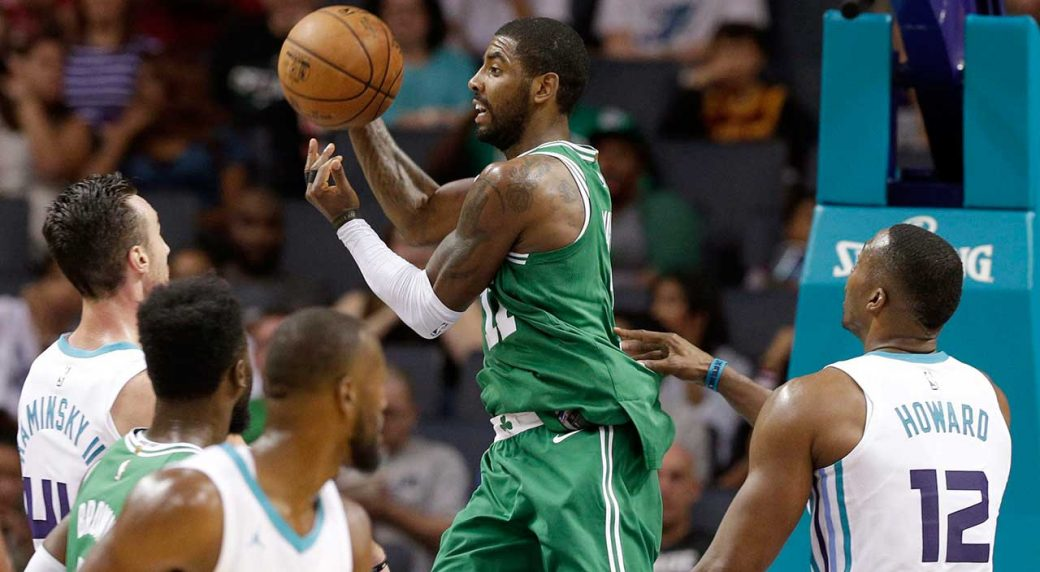 a316db59ba3c Kyrie Irving leaves game vs. Hornets after taking elbow to face ...
