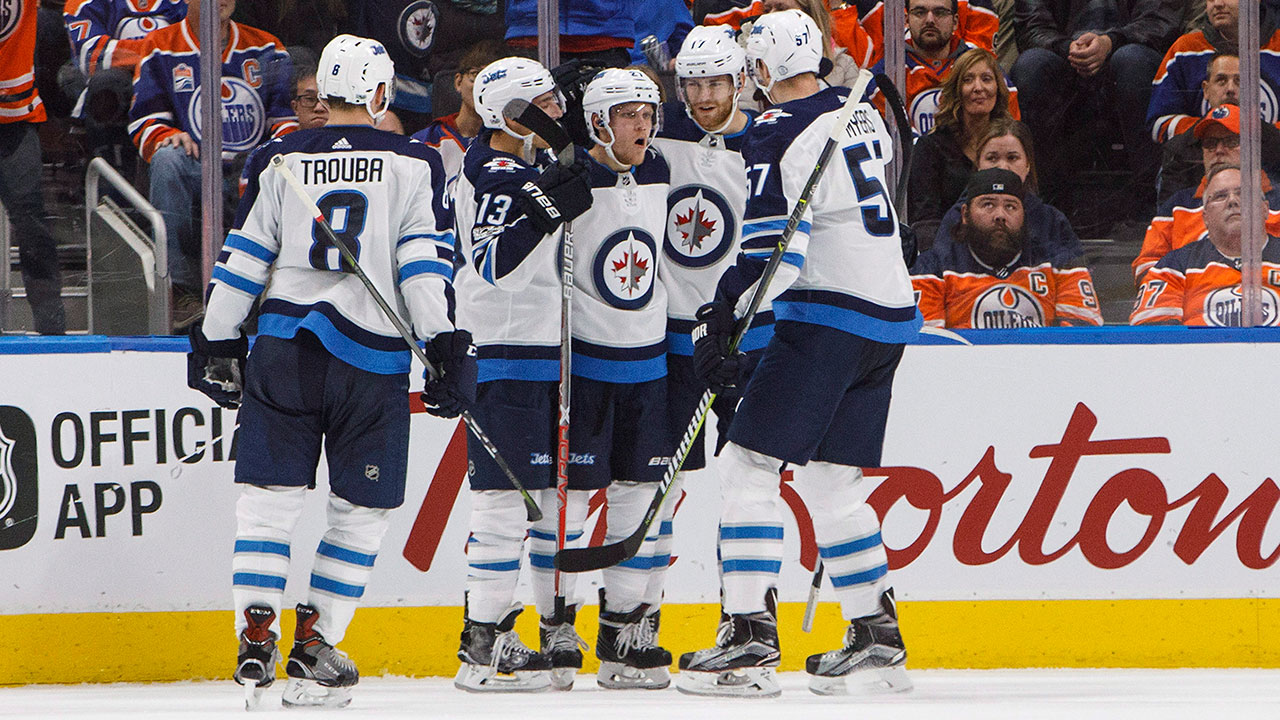 Ehlers scores hat trick, adds assist as Jets defeat Oilers