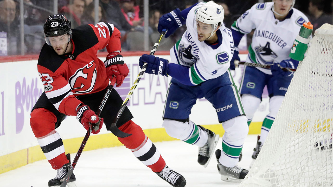 Canucks-devils