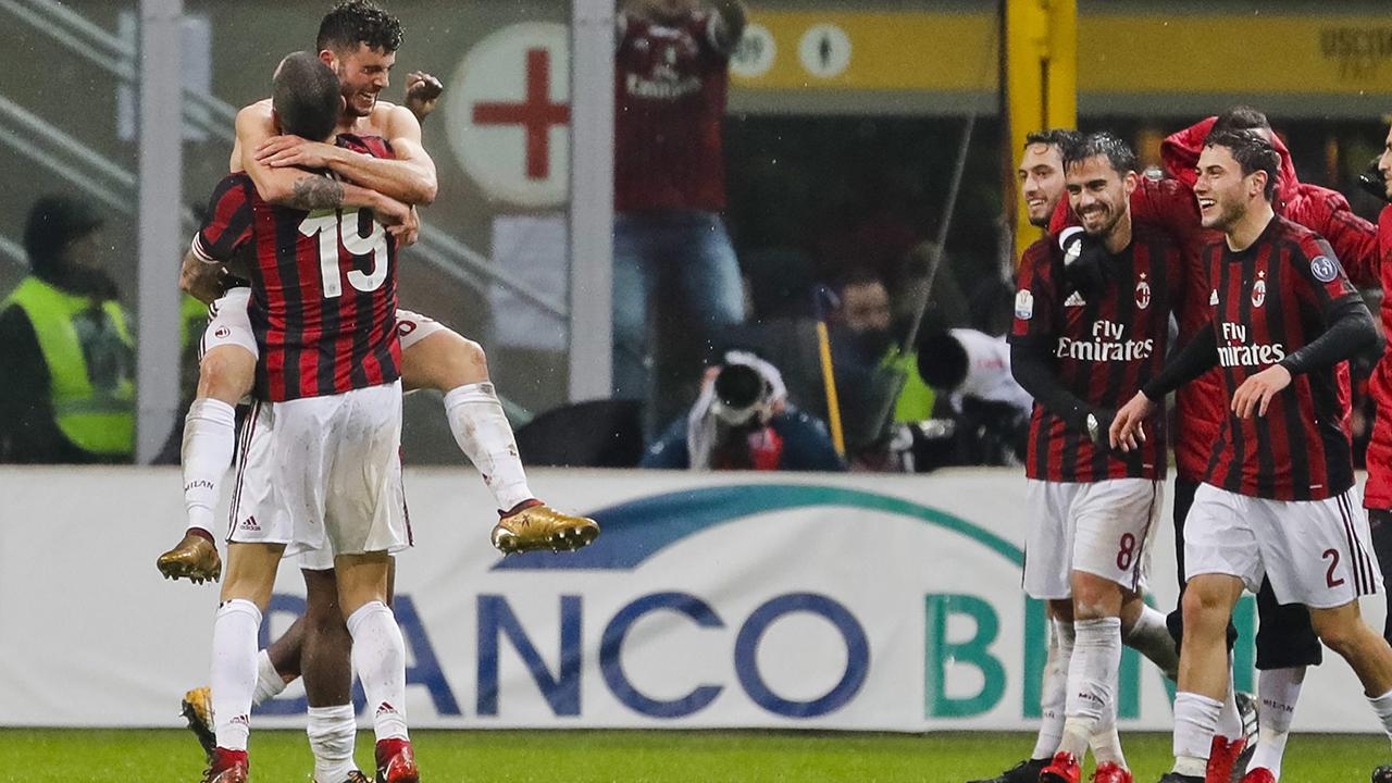 AC Milan beats Inter to reach Italian Cup semifinals