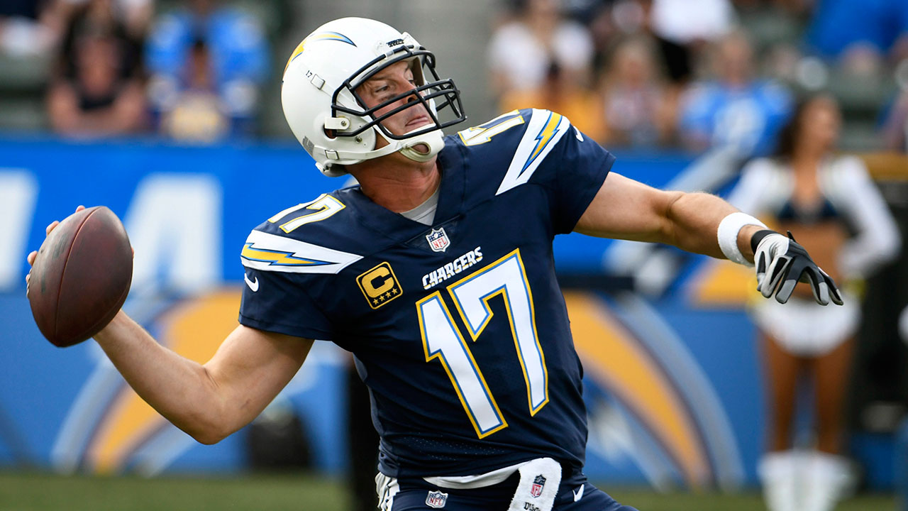Rivers leads Chargers over Washington for 4th straight win