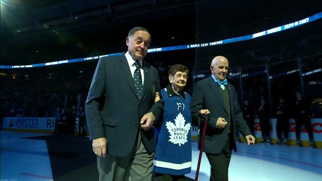0df0ff7ac13 Hockey royalty shows up in force to pay tribute to Johnny Bower -  Sportsnet.ca