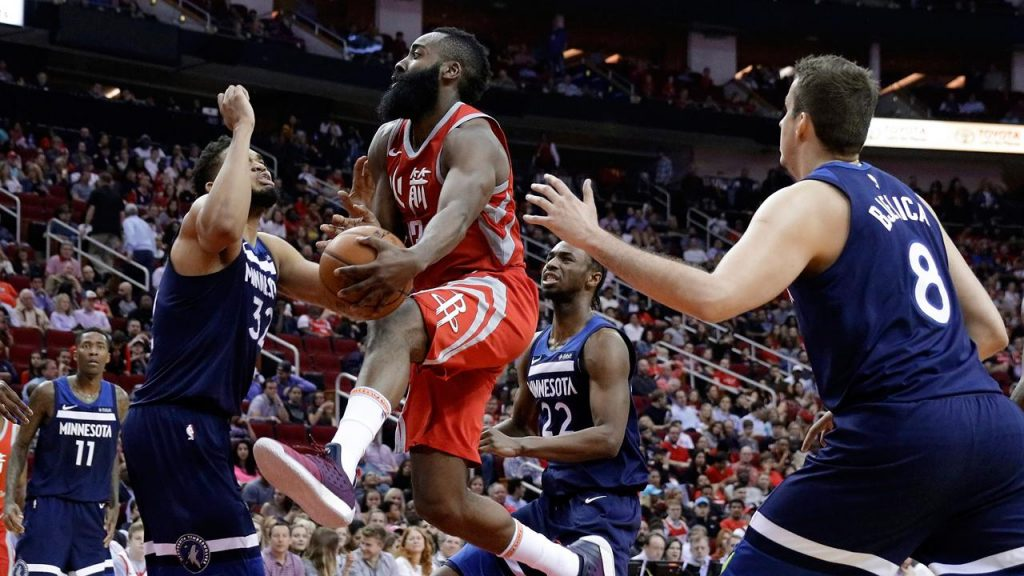 210a7058c2c2 Rockets beat Timberwolves thanks to Harden s 31 points - Sportsnet.ca