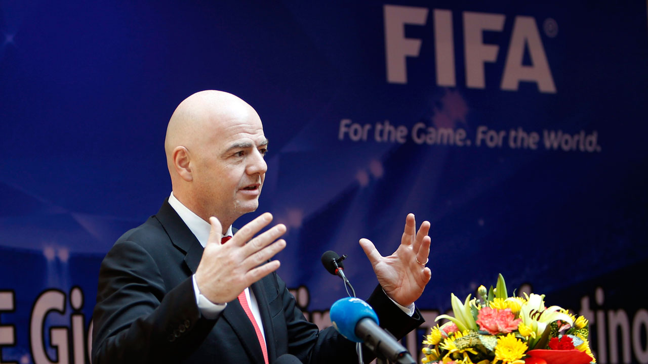 FIFA excludes Russian singer who backed Ukraine rebels