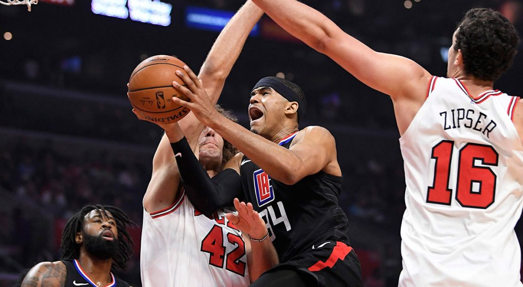 Tobias Harris has 24 in Clippers debut as L.A. beats Bulls ... 73e9269ee