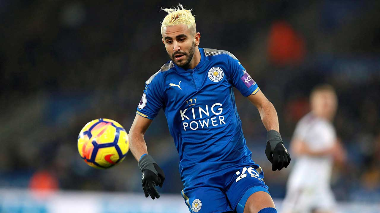 Manchester City signs Riyad Mahrez in record club deal