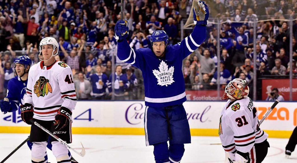 Toronto-Maple-Leafs-left-wing-Matt-Martin