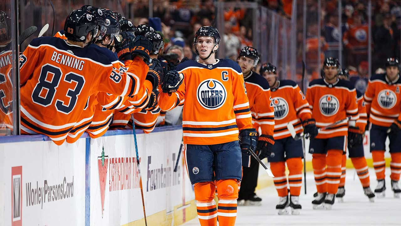 McDavid's Monster Night Leads Oilers Past Lightning