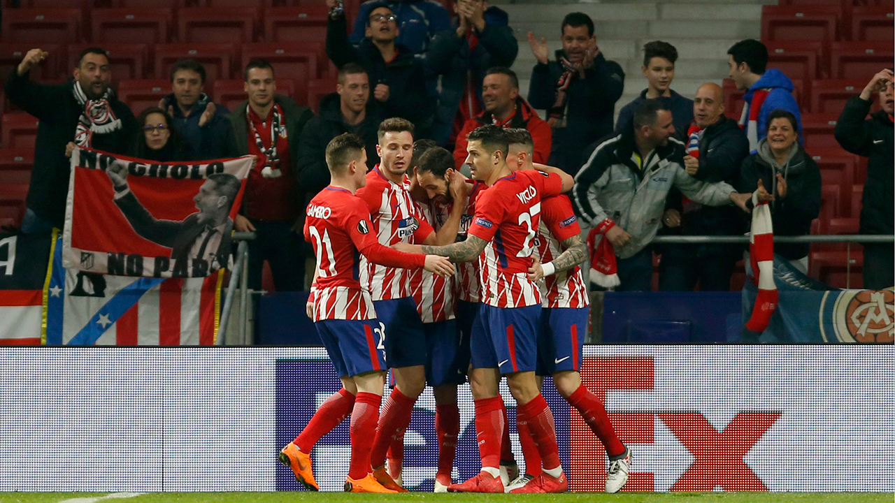 Atletico Madrid shuts out Celta, keeps pace with Barcelona