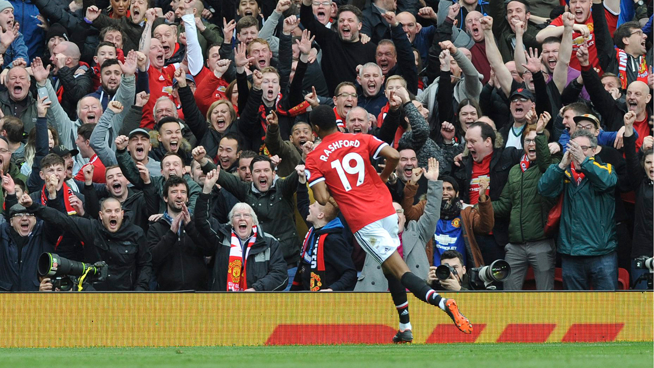 Rashford double helps Man United topple Liverpool